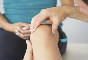 Knee Joint Pain Causes and Treatment - Information That You Should Know